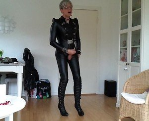 Sissy favorite sexy leather outfit