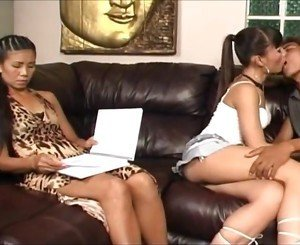 Ladyboy jenn lee threesome