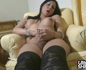 Chatona for her first video with