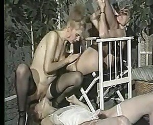 Pissing german vintage
